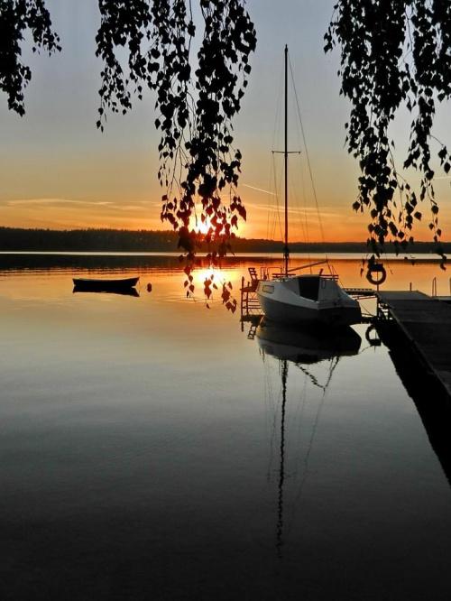 na jeziorze ....