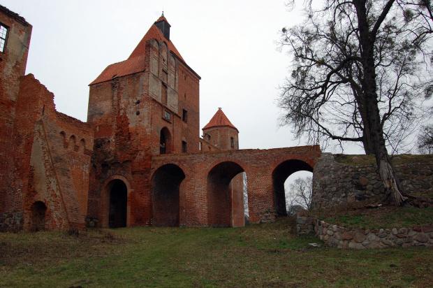 #zamek #historia #ruiny