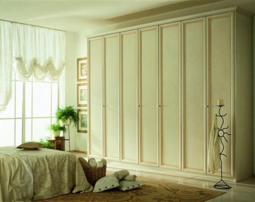 garderoba-w-sypialni